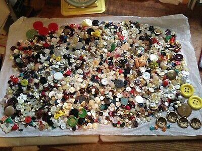 Mixed lot of Vintage Buttons 5 1/2 lbs~Brass Plastic Glass Wood
