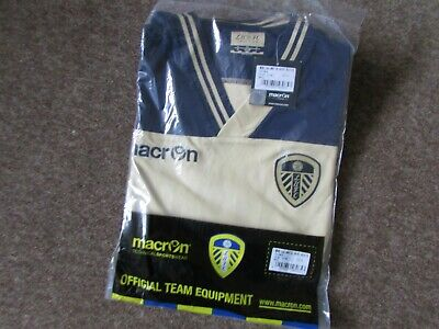 Macron Leeds United Football Shirt Adult Size L BNWT Brand New Never Worn + Tag