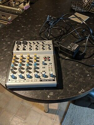 behringer eurorack UB802 mixier/audio interface