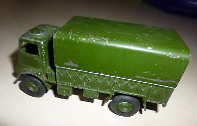 Dinky toys camion militaire
