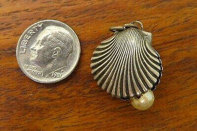 Vintage sterling silver BEAUCRAFT PEARL OYSTER CLAM SHELL SEASHELL charm BEAU