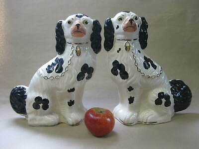 Pair of Large Vintage Staffordshire Spaniels ~ Arthur Wood ~ Mantel / Wally Dogs
