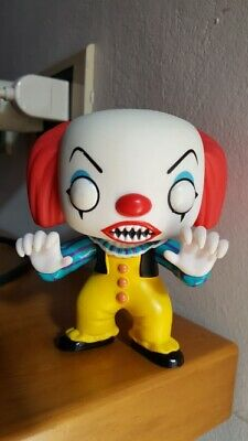 Funko POP #55 Horror Movies: Stephen King's IT PENNYWISE THE CLOWN Vinyl Figure