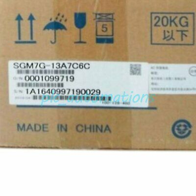 New in box YASKAWA SGM7G-13A7C6C Servo Motor SGM7G13A7C6C One year warranty
