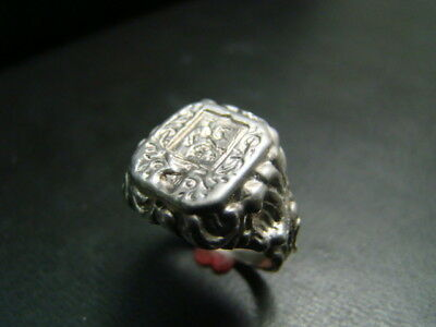 Sterling Silver AMAZINGLY  Detailed Antique Style crest / signet ring