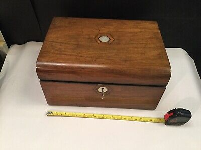 Antique Vintage sewing Box/ jewellery box Tunbridge Ware Inlay On Lid Lock,key