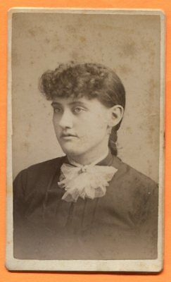 CDV Centerville, IA, Portrait of a Young Woman, by Wales, circa 1870s Backstamp