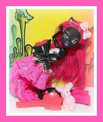 ❤️RARE Monster High CATTY NOIR 13 Wishes Black Cat Doll Outfit First Wave❤️