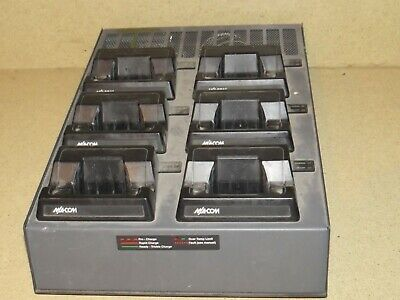 ^^ M/A-Com Universal Rapid Multi Charger Base Bml161 79/20 6 Bays (Ma4)