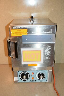 Blue M General Signal Stabil-Therm Gravity Oven Model Ov-8A