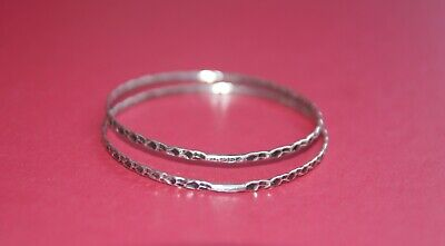 Pair of Antique Victorian Solid Silver Bangles - Hallmarked Chester 1894 - 10.5g