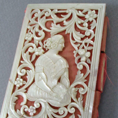"""Antique French VICTORIAN 4"""" Aide-Mémoire Ornately Carved MOTHER of PEARL Lady"""