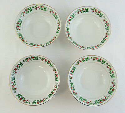 "Gibson Everyday Christmas ""Holly & Berry"" Set Of 4 Soup / Cereal Bowls"