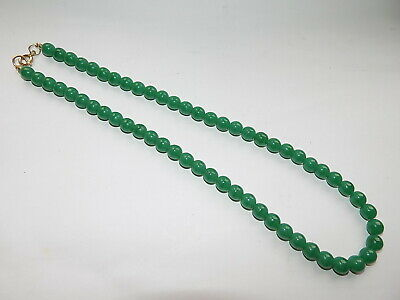 SMALL CHINESE HAND CARVED GREEN JADE BEAD NECKLACE 38.5 gm 49.5 cm length