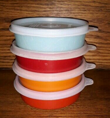 Lot of 4 Tupperware Little Wonder Bowls with Lids #1286, 6 oz.