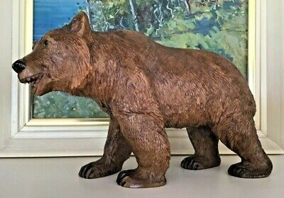 LARGE VINTAGE BLACK FOREST WOODEN CARVED BEAR 26CMS LONG x 16CMS HIGH IN VGC