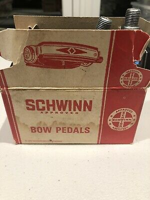 1968-1970 Schwinn Stingray Krate Bow Pedals NICE*. Mint In Box.