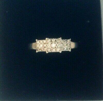 9ct White Gold Cluster Diamonds Ring