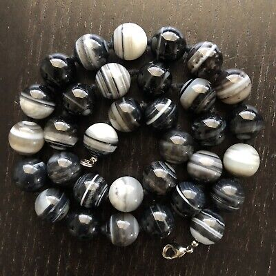 Fine Old Chinese Black Gray White Banded Agate Stone Beaded Knotted Art Necklace
