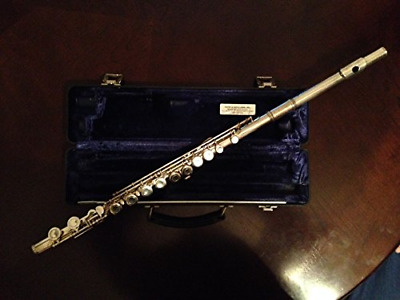 Armstrong 104S Closed Hole Student Flute
