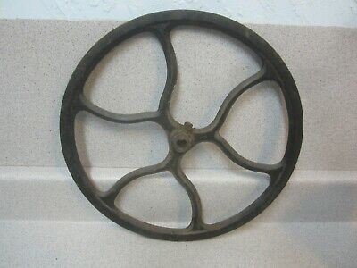 Antique 1910 Singer Treadle Sewing Machine Cast Iron Fly Wheel Beautiful Design