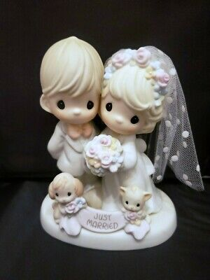 """Precious Moments """"Til the End of Time"""" Wedding Figurine 4001653 with Heart"""