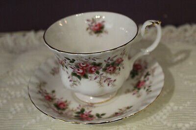 Royal Albert Bone China  Lavender Rose Tea Cup And Saucer(S) England