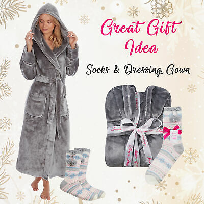 * Ladies Grey Dressing Gown Shimmer Hood Long Pockets Fleece & Chunky Socks Set