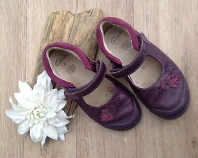 Girls Clarks Shoes soft leather plum / pink 8.5G wider fit  soft lcose mary jane