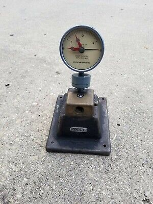 """Moore Products Pressure Gauge with stand .00005"""""""