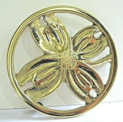 Virginia Metalcrafters Colonial Williamsburg Dogwood Brass Trivet Flower 1950