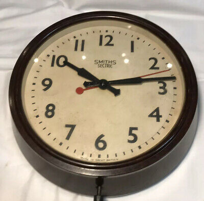 Smiths Sectric  Vintage Bakelite  Electric Wall Clock.