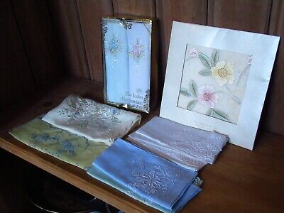 Nice Pretty Lot Of 29 Assorted Vintage Handkerchiefs Hand Embroidered Floral
