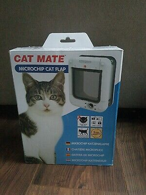 Cat Mate Electronic Microchip Cat Flap - White - Used, See Description