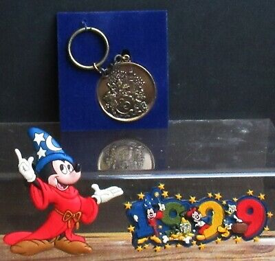 Walt Disney World 20th Anniversary Brass Medallion Keychain 1971-1991 & Magnets