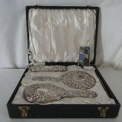 Vintage solid silver dressing table set excellent condition with case & pamphlet