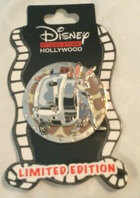 "Disney DSSH DSF ""On the Go"" series Lt. Judy Hopps (Zootopia) Pin LE400"