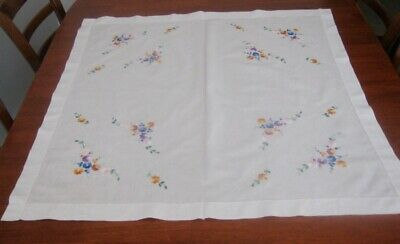 Vintage Hand Embroidered Supper Cloth ~ Small Flowers ~ White ~ Cotton