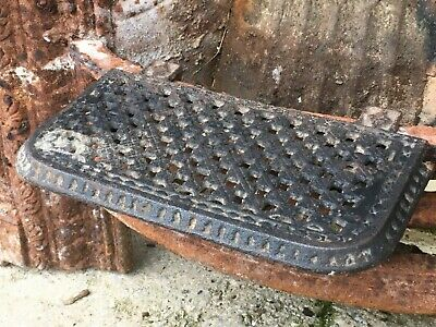 "10 5/8"" Antique Victorian Cast Iron Fireplace Or Aga Trivet With Adjustable Base"