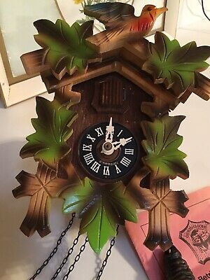 Vintage Schwarzwalder Uhren Black Forest Cuckoo Clock Box + Manual Tested 1 Day