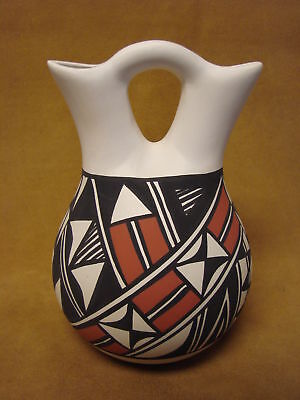 Acoma Indian Pottery Hand Painted Wedding Vase by Gloria Salvador PT0211