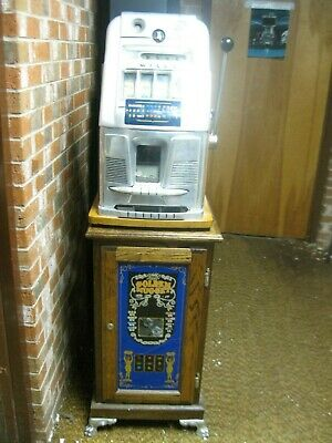 Mills 1940's  5 Cent Coin Slot Machine Antique .  LOCAL PICKUP ONLY