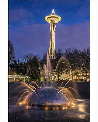 "10""x8"" (25x20cm) Print The International Fountain with Space Need..."