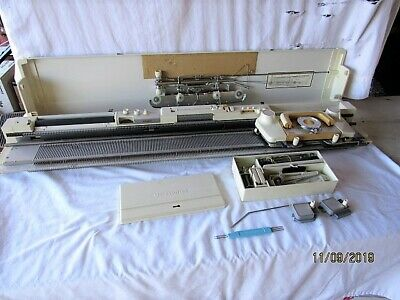"""Very Nice """"Silver"""" Knitting Machine SK 326 Model (Silver Reed)-LOOK!!!!!!"""