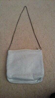 Glomesh White Hand Bag With Silver Colored Chain Strap-Zip Fastening-1960s