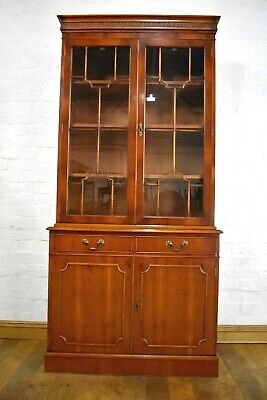 Antique style bookcase display cabinet / cupboard
