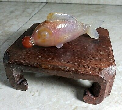 Chinese Agate Carved Fish Snuff Bottle