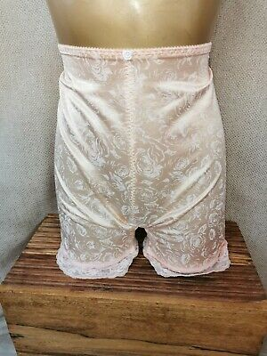Vtg Style  Long Shorts Peach By M&S Size M # 369