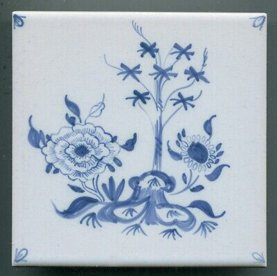 """Hand painted 6""""sq chinoiserie tile by Isis Ceramics, Oxford, 1995"""