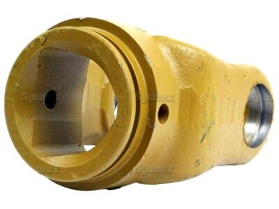 INNER PTO YOKE TRIANGLE TUBE (U/J SIZE 30.2mm x 92mm) FITS VARIOUS IMPLEMENTS.